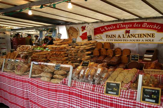 Marché Bastille bread