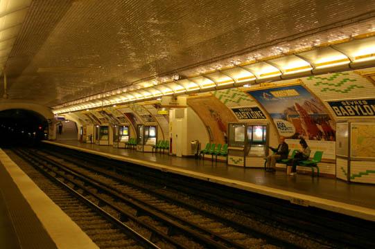 Métro Sèvres-Babylone